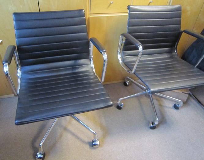 Vitra ea 107 leder design konferenzstuhl mit rollen j919 for Design konferenzstuhl